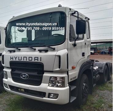 Đầu kéo Hyundai HD1000 nhập khẩu 2020