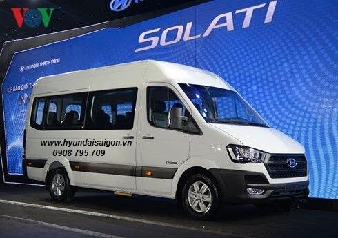 Xe 16 chổ ngồi Hyundai Solati Thành Công lắp ráp