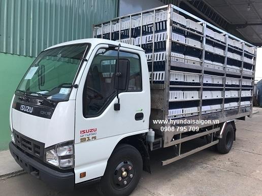 Xe tải chở gia cầm Isuzu 1,9 tấn QKR